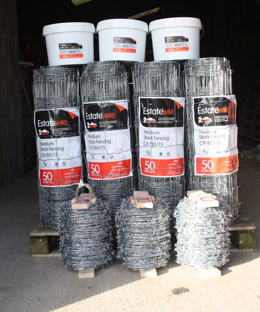 Sarngoch Farm Supplies-Stock Fencing-Estate Fencing-Barbed Wire-Staple